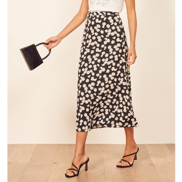 Reformation Bea Midi Skirt In Size 8 by Reformation